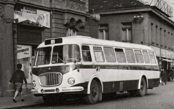 Bus Škoda 706